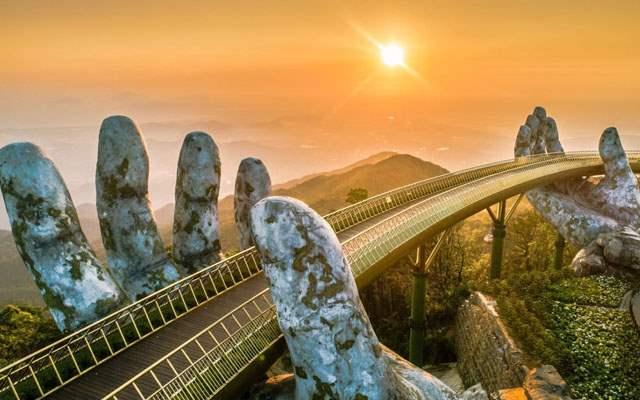 Cây cầu vàng Bà Nà Hill