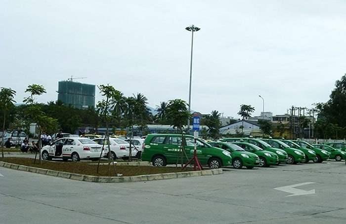 Taxi luôn có mặt tại sân bay Đà Nẵng